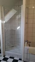 Am nagement salle de bain siege rabattable - Transformation salle de bain en douche ...